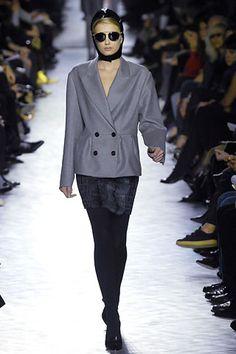 Yves Saint Laurent Fall 2007 - 15