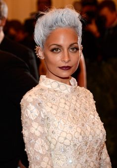 """Nicole Richie goes """"Punk"""" at the Met Gala   not everyone will love it, but the girl's got style!"""