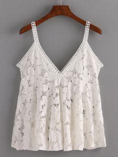 Hollow Out Flower Lace Cami Top - White. Vou fazer sem a rendinha de acabamento! Plaid Outfits, Casual Outfits, Fashion Outfits, Pretty Outfits, Cool Outfits, White Lace Tank Top, White Dress, Couture Tops, Cami Tops
