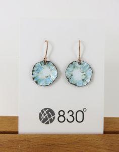 Textured 'flower' Blue and White Enamel Dangle Earrings Porcelain Jewelry, Ceramic Jewelry, Enamel Jewelry, Resin Jewelry, Jewelry Crafts, Porcelain Tiles, Clay Earrings, Dangle Earrings, Handmade Bracelets