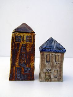 Rustic ceramic houses - kids summer project