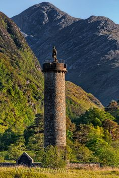 """The Glenfinnan Monument situated here at the head of Loch Shiel, Scotland, was erected in 1815 to mark the place where Prince Charles Edward Stuart (""""Bonnie Prince Charlie"""") raised his standard, at the beginning of the 1745 Jacobite Rising."""