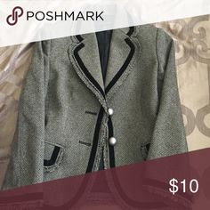 Banana Republic blazer Barely worn, similar to tweed feel and velvet trim Banana Republic Jackets & Coats Blazers