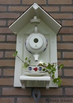 teapot birdhouse - I made one using my pansy teapot - cute!