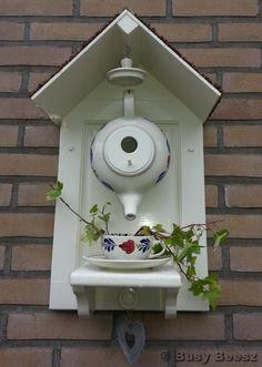 teapot birdhouse -
