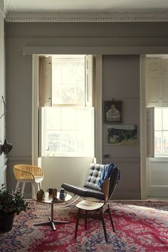 Farrow & Ball, Worsted No. Joining Farrow & Ball's group of easy greys, this smoky shade is not too light and not too dark. Farrow Ball, Farrow And Ball Paint, New Paint Colors, Interior Paint Colors, Interior Design, Wall Colours, Purbeck Stone, Farrow And Ball Living Room, Living Room Grey