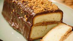 Een eenvoudige 4/4 cake wordt heel feestelijk en bijzonder als je hem afwerkt met chocoladeglazuur, speculaaspasta en verkruimelde speculaaskoekjes.