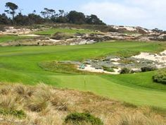 Detailed information on Spyglass Hill Golf Course - photos, description, stats & interactive course map. Pebble Beach Resort, Backyard Putting Green, Golf Chipping Tips, Monterey Peninsula, Play Golf, Golf Tips, Places To Travel, Golf Courses, Key