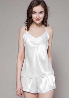 Short Silk Pajamas Set Product Description Place of Origin: Vietnam Material: 100% Silk Vietnam Color: White Gender: Female Size: S, M, L or Customized Supply type: OEM/ODM MOQ: 100 pieces/size Delivery detail: 15-25 days depend on the quality