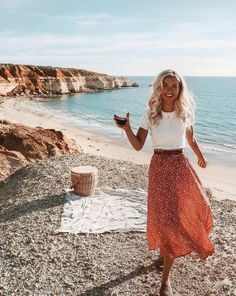 Bohemian Maxi Skirt Hippie style clothing, boho fashion boutique outfits ideas Source by summer outfits Casual Summer Outfits For Women, Summer Outfits For Teens, Casual Outfits, Summer Fashions, Modest Summer Outfits, Summer Clothes, Maxi Skirt Outfit Summer, Comfy Clothes, Modest Summer Fashion