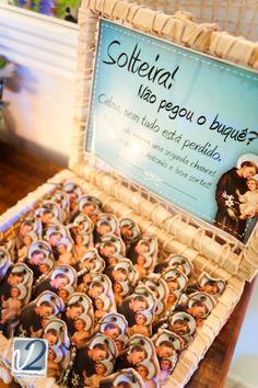 Olha que dica legal! Você que não pegou o buquê poderá ter uma ajudinha extra de santo Antônio. Dica legal! Noiva Criativa! #dicalegal #loved #marriage                                                                                                                                                     Mais