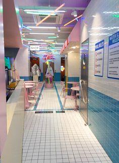 Stylenanda Pink Hotel & Pink Pool Cafe - Aimee Anne