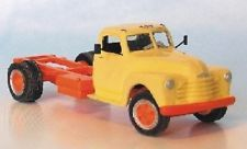 HO Scale Sylvan Scale Models - 1948 - 53 Chevrolet Cab and Chassis