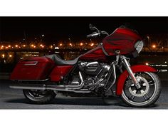Specifications for the 2017 Harley-Davidson Road Glide® Special