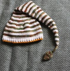 SCORE!!!  *** FREE PATTERN for long tail hat... YES!!!  Thank you!!!