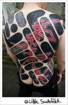 little swastika tattos