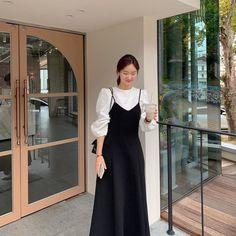Korean Girl Fashion, Korean Fashion Trends, Korean Street Fashion, Ulzzang Fashion, Asian Fashion, Look Fashion, Fashion Blogs, Korea Fashion, Korean Outfit Street Styles
