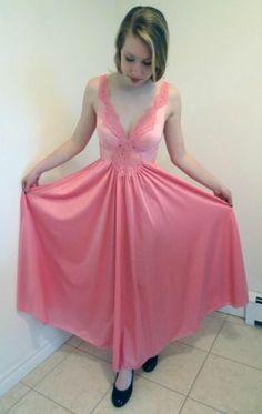 "Vtg Olga Pink Lingerie Nightgown Full Sweep 180"" Peignoir Lace Womens M 92270"