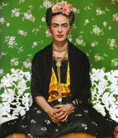 Style Icon: Frida Kahlo..... Amazing and strong willed woman .... One if my icons even with the unibrow !!