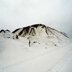 /// minimal mountain