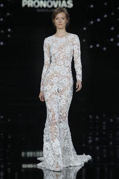 ilovebrides.pt desfile Pronovias coleção 2017 na Barcelona Bridal Fashion Week