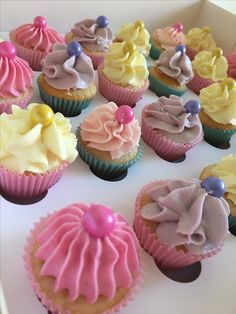 Love the bright colours of these mini cupcakes