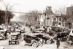 Traffic in Detroit Michigan, about 1920.