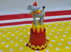 Cute idea for a carnival centrepiece for your circus or carnival party