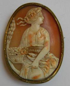 Antique Shell Cameo Brooch