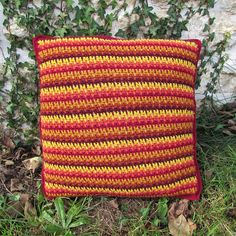 SHADES OF AUTUMN CROCHET CUSHION   Whip up this beautiful cushion in rich colours to recreate the beauty of autumn. A quick and easy crochet project, even for beginners.  #crochet #cushions #pillows #crochetpattern #crochetpillow #crochetcushion #autumn #fall