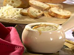 Get this all-star, easy-to-follow French Onion Soup recipe from Sandra Lee