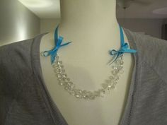 I love versatile jewelry that can go with any outfit.  These simple clear briolette beads can be matched  to go with any outfit simply by changing out the ribbon. My original inspiration came fro...