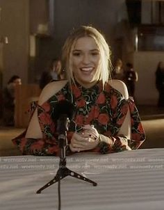 Maddie's rose print cold shoulder shirt on Nashville.  Outfit Details: https://wornontv.net/75179/ #Nashville