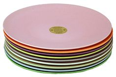jumbo plates, based on biodegradable bamboo fiber and corn starch