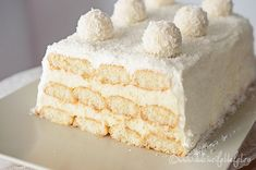 Raffaello cake with risotto - baking recipe without baking Vanilla Cake, Chocolate Cake, Tiramisu, Baking Recipes, Oreo, Food And Drink, Ice Cream, Sweets, Cakes