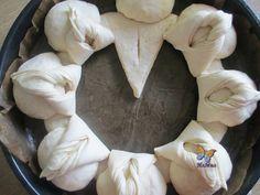 Сватбена погача 2 Dessert Platter, Bread Shaping, Bread Art, Braided Bread, Bulgarian Recipes, Bread And Pastries, Artisan Bread, Bread Rolls, Dough Recipe