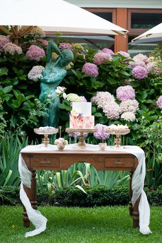 A Garden Gala with Hydrangea & Watercolor Details, Liesl Cheney Photography…