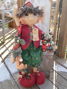 Primitive Christmas Holiday Elf INSTANT DOWNLOAD E-pattern 109 Sheldon