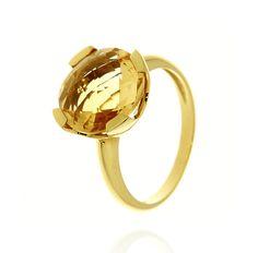 MILANO 12 Ref: 37971 Sortija realizada en oro amarillo. Un cuarzo citrino redondo, engastado por cuatro garras planas, es el centro de la pieza.