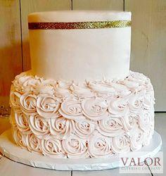 cake buttercream rosettes pink gold