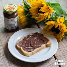 At Rigoni di Asiago, we refuse to use palm oil to help save our forests. Many chocolate hazelnut spreads contribute to deforestation by using oil palms, which are replacing trees and damaging the environment.