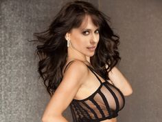 Jennifer+Love+Hewitt+hot+see-hru+bra+and+without+panties+in+The+Client+List+photo+shoot+UHQ.jpg (JPEG Image, 1600×1200 pixels)