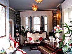 BluKatKraft: Victorian Dollhouse - Living Room 1:12 scale, pt 2