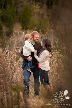 Fall Family Portrait - Michelle Kersey Photography