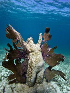 Jason deCaires Taylor : Sculptures subaquatiques. LoVE his work underwater sculptures