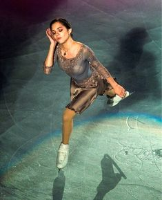 Evgenia Armanovna Medvedeva エフゲニア・メドベージェワ⛸ Ice Skating, Figure Skating, Russian Figure Skater, Medvedeva, Ice Queen, Female Athletes, Madonna, Ballet Dance, Costumes