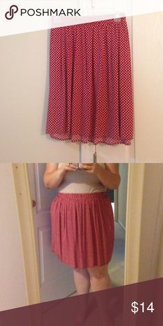Red polka dot skirt Flows red skirt. Elastic waist. Hits at the knee. Worn once, perfect condition Old Navy Skirts Circle & Skater