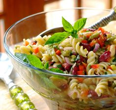 THREE BEAN PASTA SALAD -Perfect to prepare ahead of time and leave in the fridge for the flavours to develop! Salad Dishes, Pasta Salad Recipes, Healthy Salad Recipes, Salads, Yummy Recipes, Vegetarian Recipes, 3 Bean Salad, Three Bean Salad, Healthy Christmas Recipes