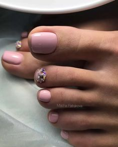 Pediküre ideen Fußnägel Design How to Choose the Perfect Hair Style Article Body: Want to have that Pedicure Designs, Pedicure Nail Art, Toe Nail Designs, Cute Toenail Designs, Toe Nail Color, Toe Nail Art, Nail Colors, Pretty Toe Nails, Cute Toe Nails