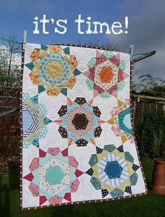 Has anyone come across the Rose Star Quilt block party? I am soooo tempted to join. (Thanks to Carey for telling me about it.) It's eng...